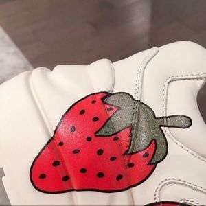 Gucci strawberry shoes 🍓🍓🍓